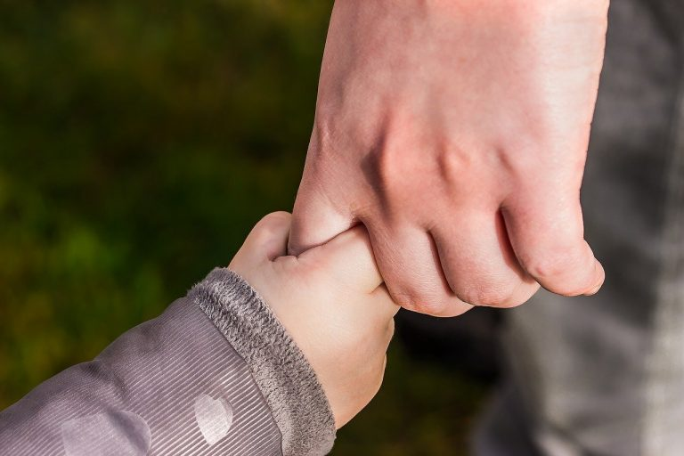 hands, child's hand, hold tight